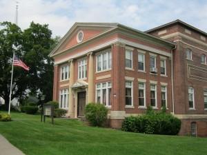 Mount Holyoke Lodge Exterior